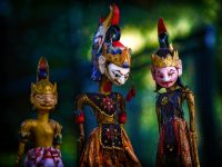 Elmer Ralph Dinkelaar, Mahabharata, Ramayana, Taman Indonesia, doll, dolls, heldendicht, marionet, pop, poppen, poppenspel, puppet, puppet play, puppets, schaduw, schaduwspel, schimmen, schimmenspel, shadow play, wajang, wayang